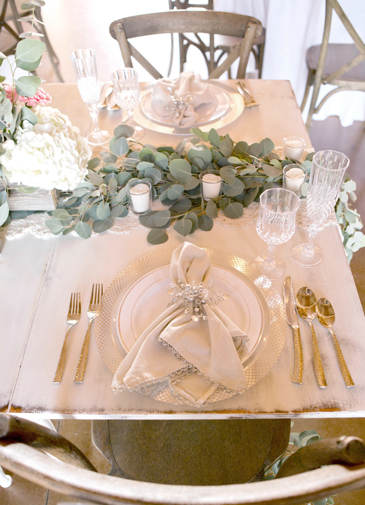 Elegant ... Bride And Groom Table At A Wedding Reception With Wedding Place Settings  ...
