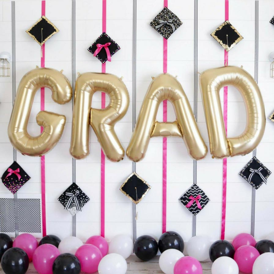 April 2019 - Graduation Cap Decorating Party
