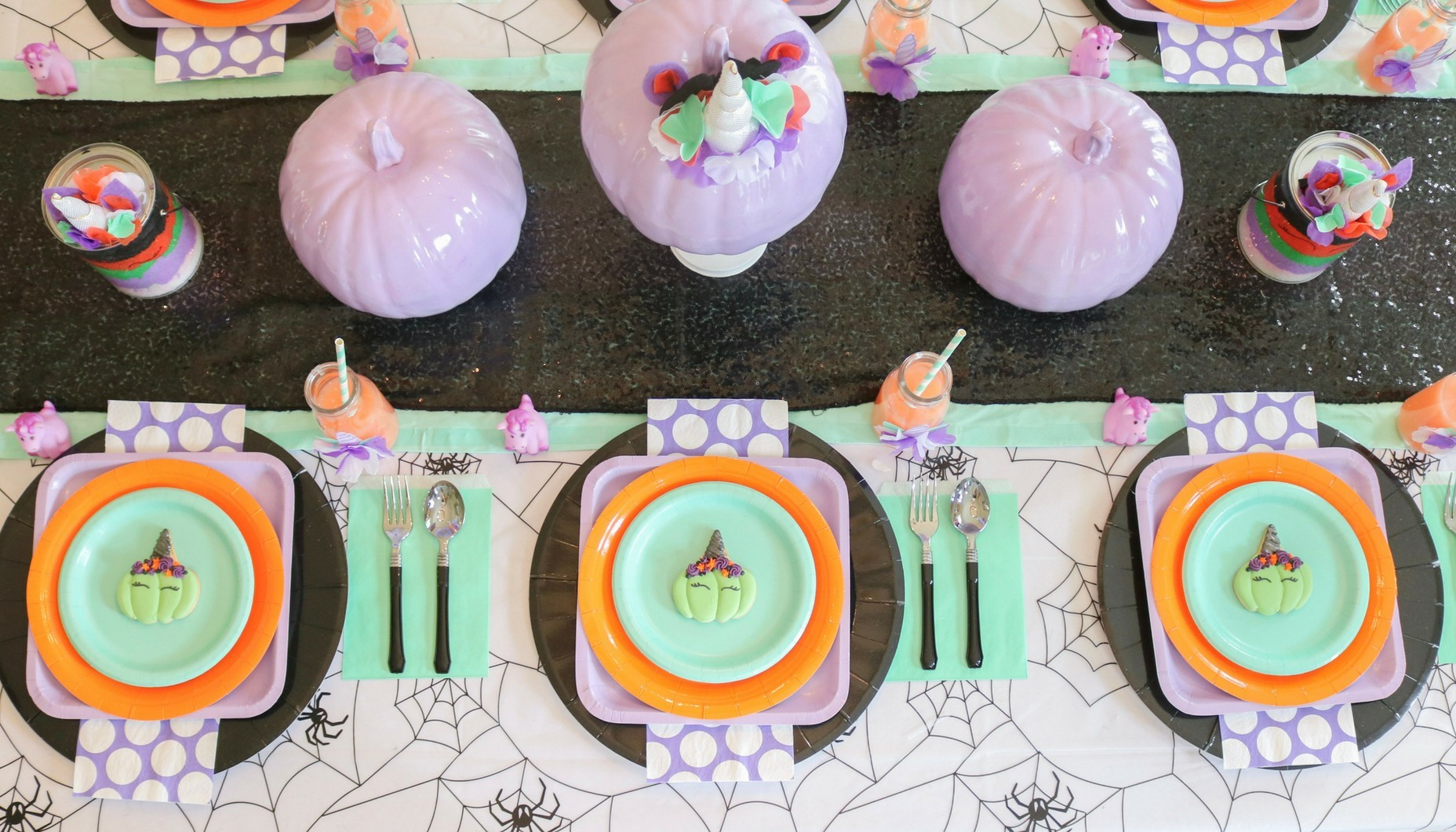 Beverage Napkins and Dessert Plates Unq Black and White Polka Dot Party Supply Kit