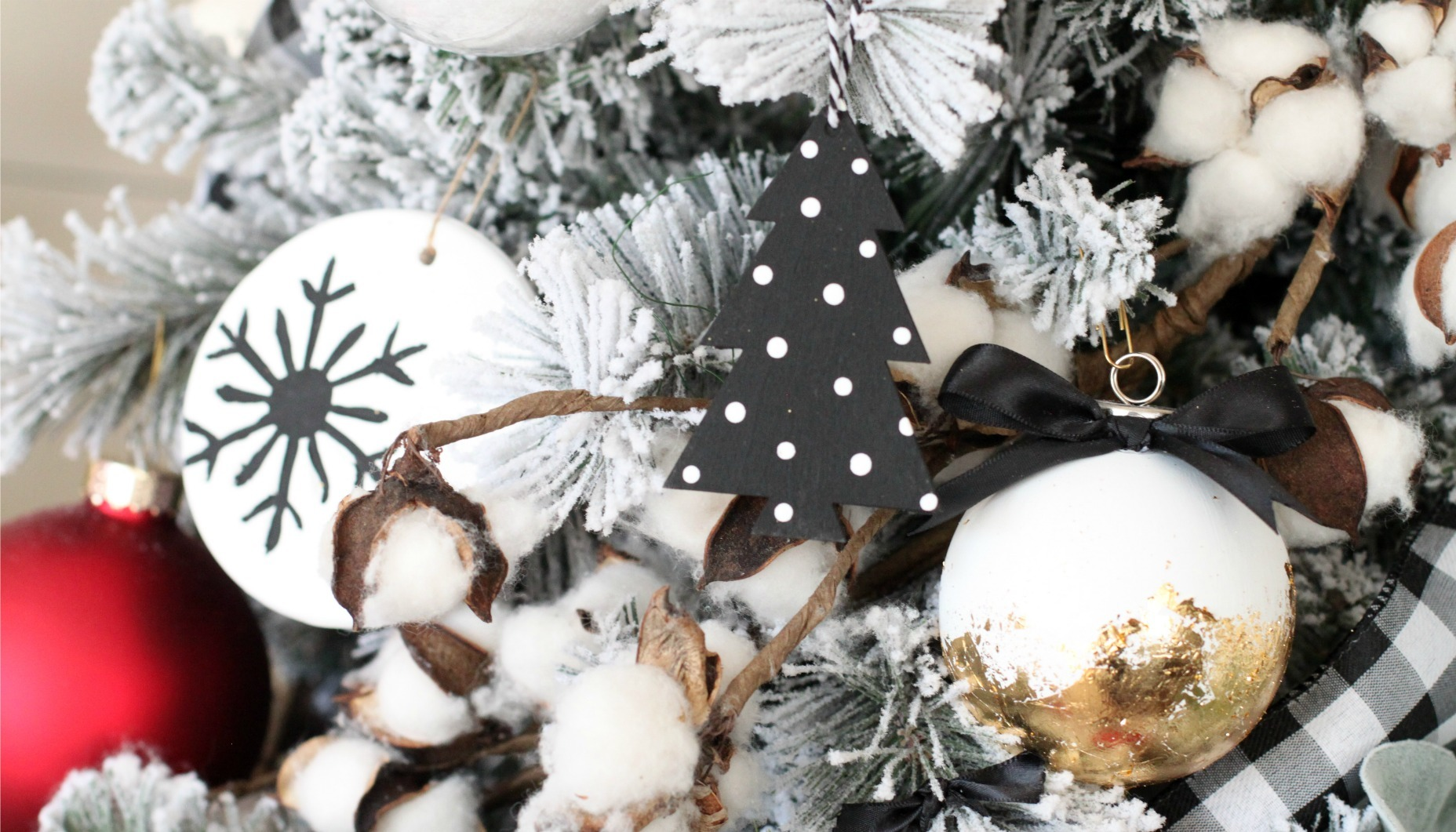 Modern Black And White Farmhouse Christmas Tree Fun365