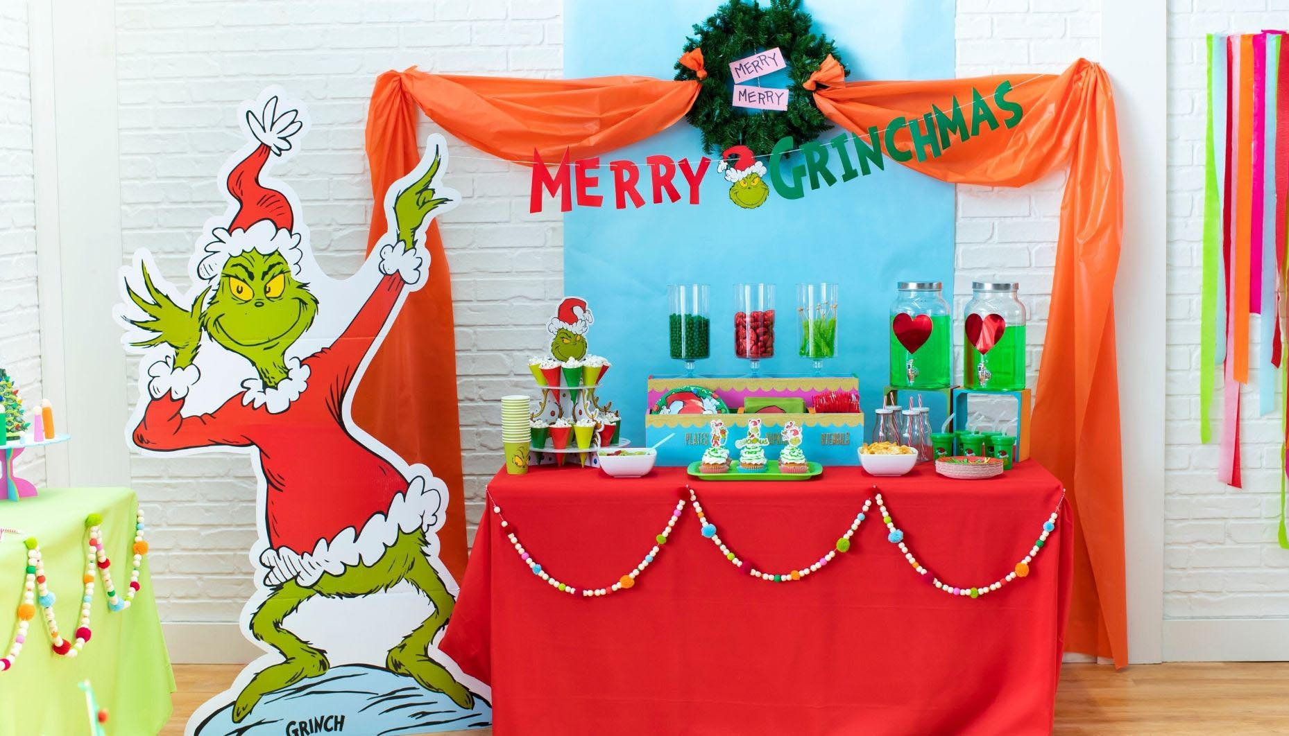 Grinch Themed Christmas Party Fun365