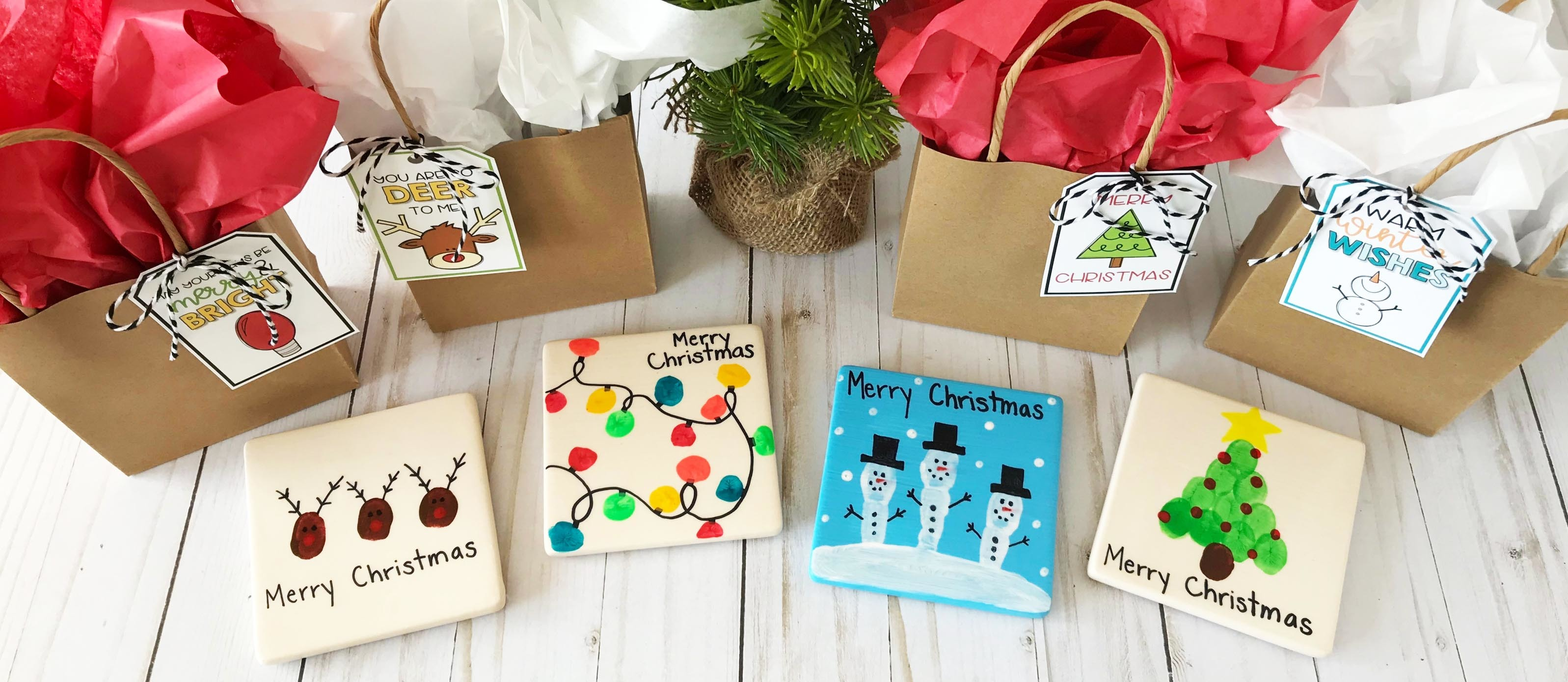 4 Christmas Fingerprint Coasters Free Gift Tags Fun365