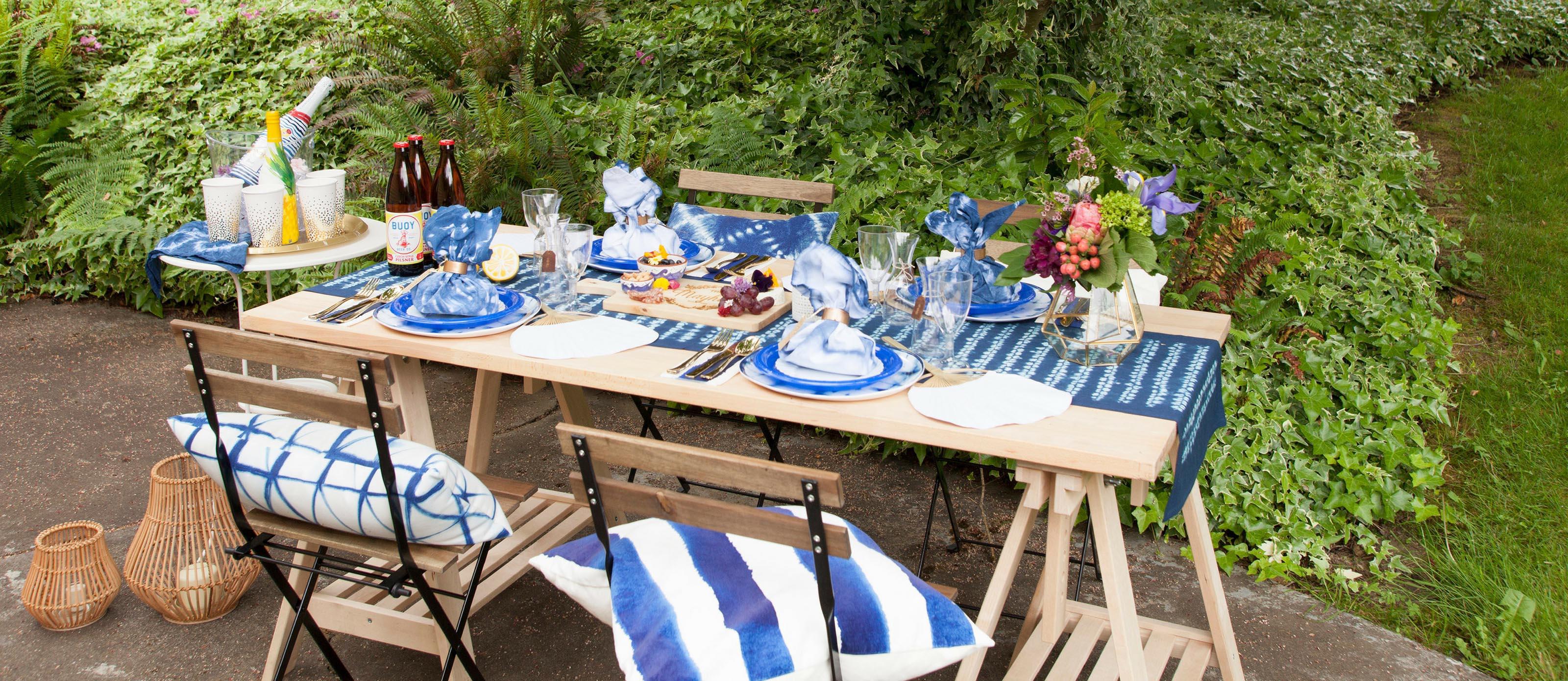 Simple Summer Outdoor Tablescape Fun365