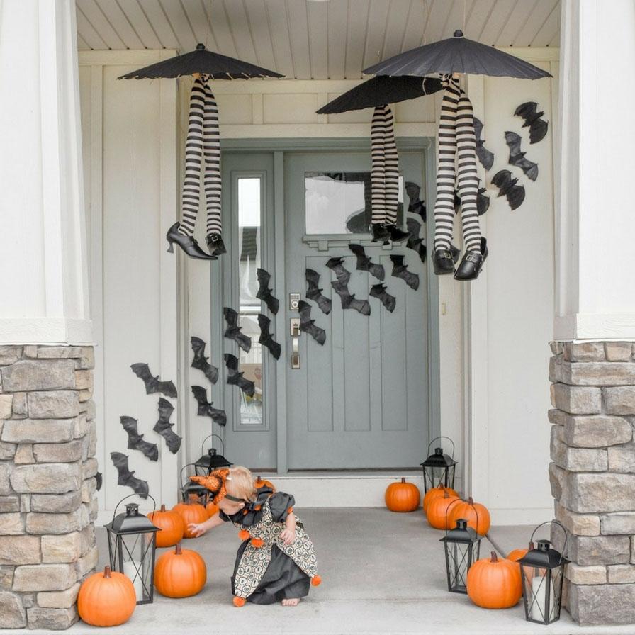 Cutesy Halloween Front Porch Ideas  Fun27