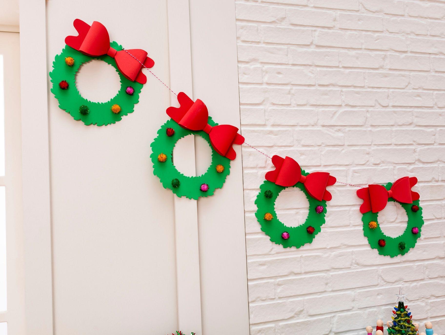 Diy Christmas Wreath Garland Fun365