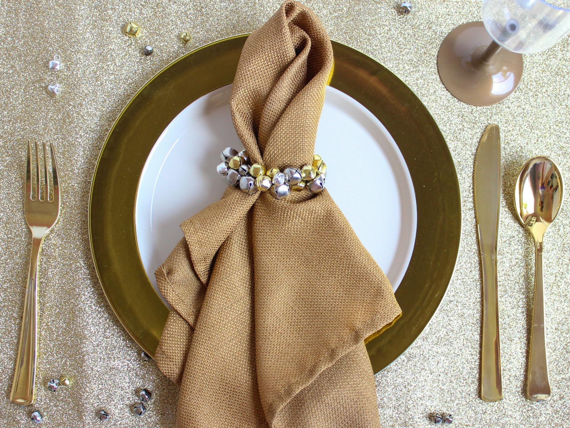 Diy Jingle Bell Christmas Napkin Rings Fun365