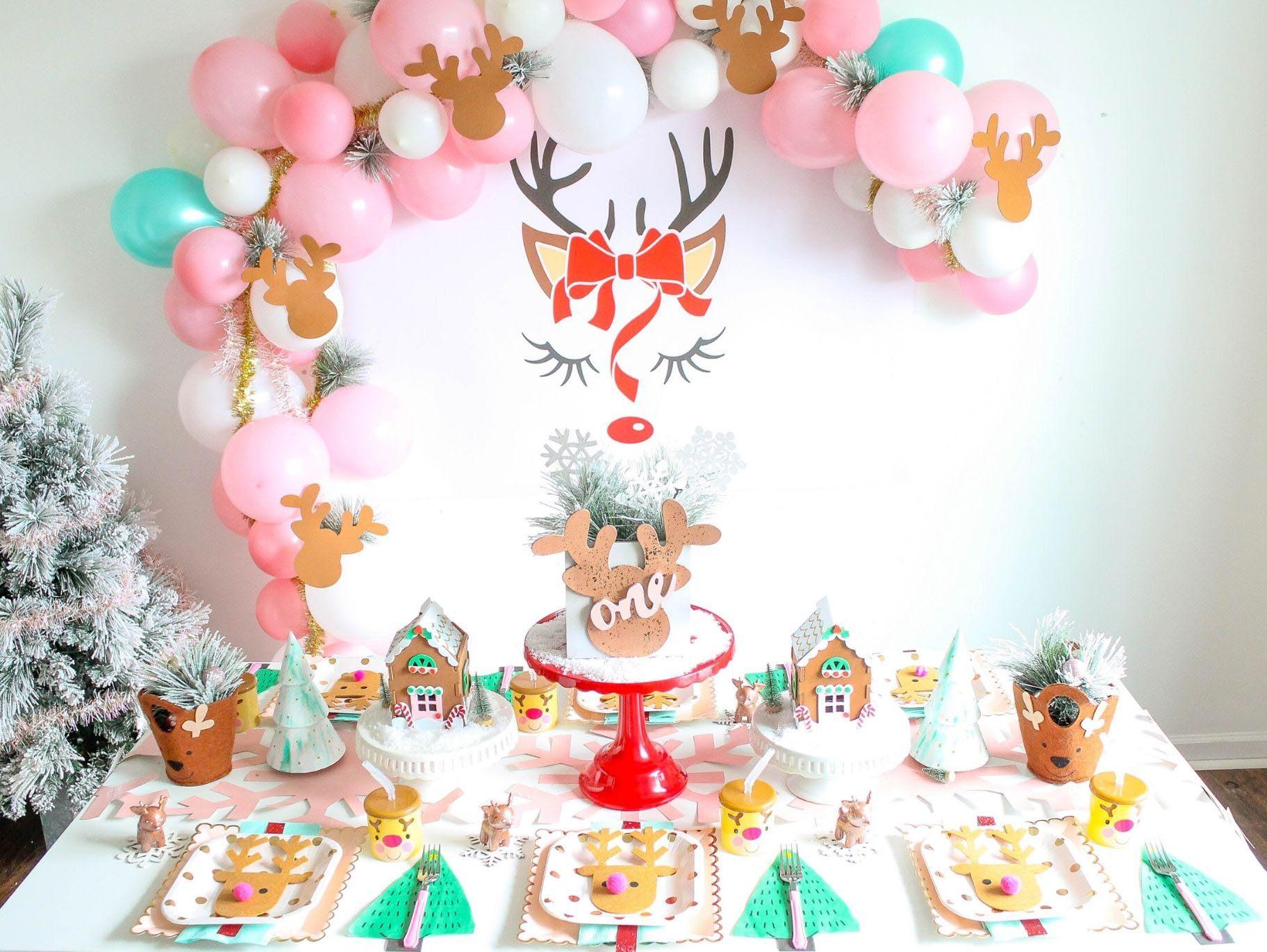 Diy Reindeer Balloon Garland Backdrop Fun365