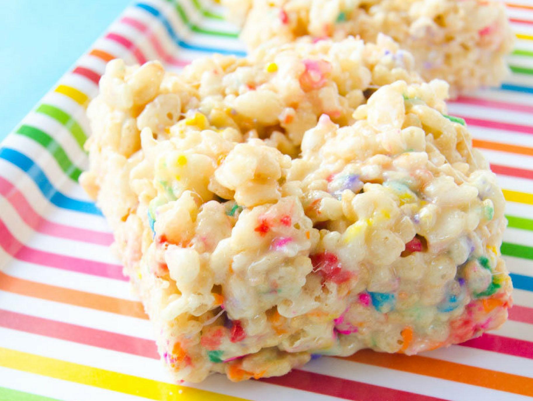 Rainbow Rice Krispie Treats Fun365
