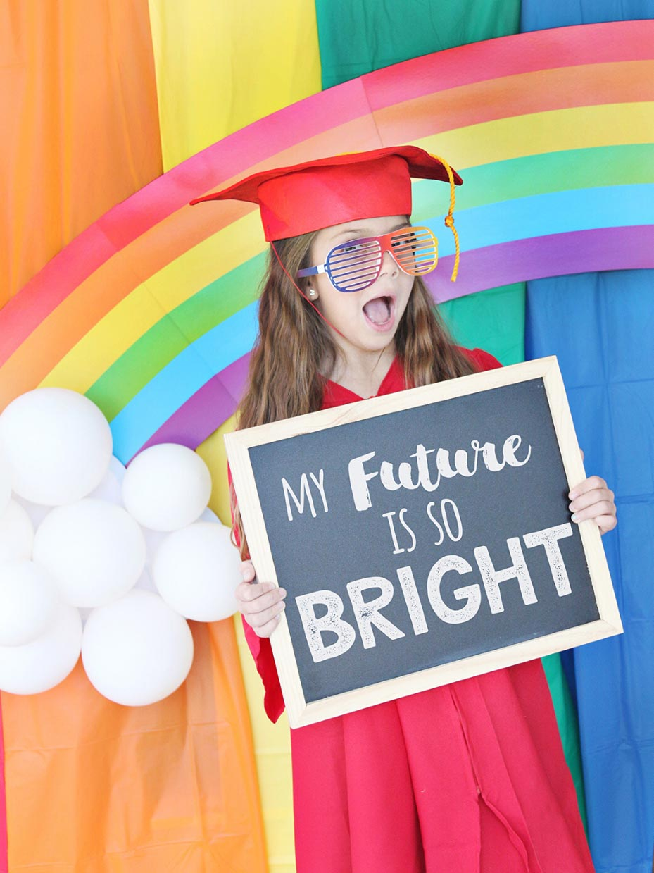 Graduation Photo Backdrop Ideas Fun365