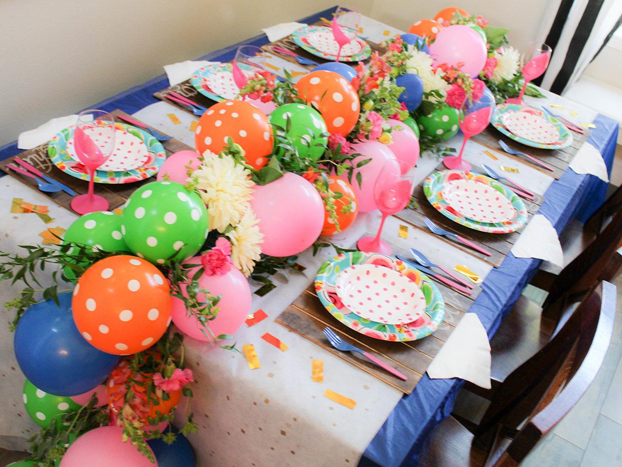 Diy Balloon Garland With Fresh Floral Fun365