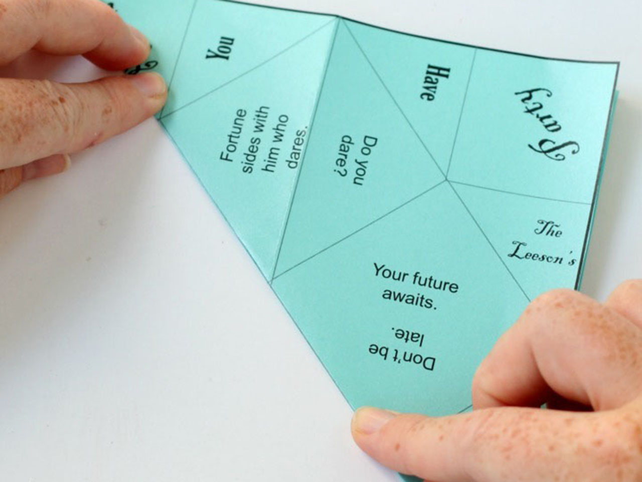 How to Make an Awesome Valentine Origami Fortune Teller ... | 962x1280