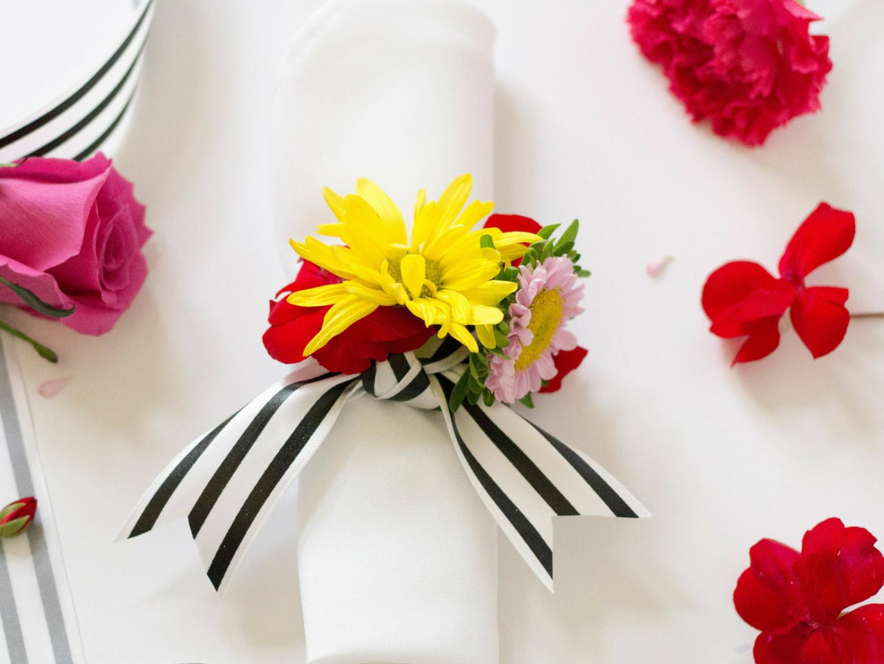 Fresh Floral Napkin Rings Fun365